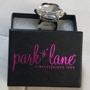NWT Park Lane 'Jubilee' Ring size 6